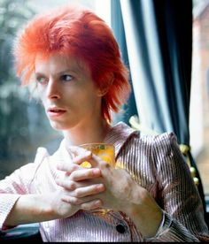 David Bowie (photographed by Mick Rock) DiAiSM  TJANTeK ArT SPACE ACQuiRE UNDERSTANDiNG PHOTOGRAPHY Rock N Roll, David Bowie, Glam Rock, David Jones, Spiders, Album, Iggy Pop, Bowie Starman, 70th Birthday