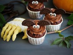 Crazy for chocolate? Batty for baking? Make our delicious chocolate bat cakes for a Halloween that's all treats and no tricks. What you'll need: Ingredients 100g SPAR plain flour 20g cocoa powder 140g SPAR sugar ½ tsp baking powder 140g SPAR butter, at room temperature 120ml SPAR whole milk 1 SPAR egg ¼ tsp vanilla extract Chocolate sandwich biscuits or similar, to decorate Small sweets, to decorate For the buttercream 100g milk chocolate 200g SPAR butter, softened 400g icing sugar... Cookie Pops, Chocolate Muffins, Chocolate Cream, Chocolate Cupcakes, Honey Glazed Chicken, Rosemary Simple Syrup, Moroccan Dishes, French Apple Cake, Halloween Chocolate