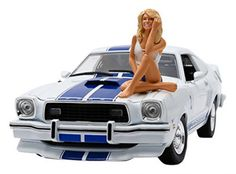 Scale Diecast - Charlie's Angels (TV 1976 Ford Mustang Cobra II - White w/ Blue Stripes And Farrah Fawcett Figure Ford Mustang, Mustang Cobra, Miniature Cars, Plastic Model Cars, Thing 1, Farrah Fawcett, Famous Photos, Racing Stripes, Diecast Model Cars