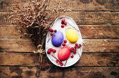 Época de Páscoa é cheia de doces e muito chocolate, mas você pode optar por uma celebração mais saudável. Faça o seu próprio ovo de Páscoa! http://www.eusemfronteiras.com.br/quer-fazer-um-ovo-de-pascoa-caseiro-e-saudavel/ #eusemfronteiras #ovos #páscoa #caseiros #saúdavel