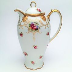 This is a pretty porcelain coffee/chocolate pot by A. The piece is signed on the base and dates from the late The pot is made of white porcelain with raised detail Chocolate Pots, Chocolate Coffee, Fine Porcelain, Porcelain Ceramics, Tea Sets Vintage, Japanese Porcelain, China Patterns, Coffee Set, Kakao