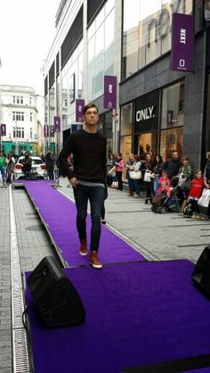 @HusmannDE #fashion Cork, Times Square, Opera, Street View, Fashion, Moda, Opera House, Fashion Styles, Corks