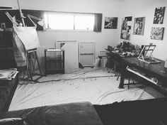 Spent most of the day cleaning the studio and rearranging it so that theres more room. Realised I have a few canvases prepped and ready to go! Now that uni is over and all the work for the upcoming show is done I can start on some new stuff! Exciting times :)