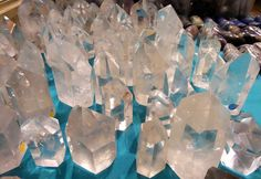 http://www.helloitsvalentine.fr/2014/03/7-things-44.html - Stones & crystals in Minerales do Brazil shop in Paris