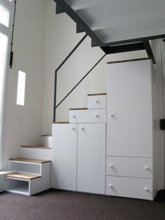 70 Clever Loft Stair for Tiny House Ideas House Stairs Clever House Ideas Loft Stair Tiny Mezzanine Bedroom, Loft Room, Bedroom Loft, Bed Room, Tiny House Stairs, Tiny House Living, Tiny House Plans, Loft Staircase, Staircase Design