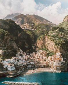 Atrani, Italy Amalfi Coast Honeymoon - Honeymoon destinations - Honeymoon ideas - Honeymoon love - S Atrani Italy, The Places Youll Go, Places To Visit, Places To Travel, Travel Destinations, Travel Deals, Holiday Destinations, Foto Picture, Hallstatt