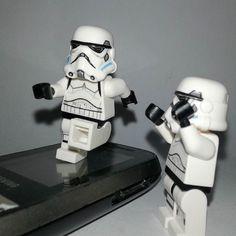 Move ur legs . . . . #stormtrooper #starwars #lego #legostarwars by amankandunia
