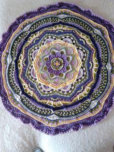 Ravelry: Jocerane's Mandala madness - Renaissance - Mandala Madness Blanket - Free Crochet Pattern