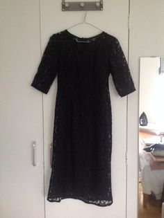 Lace dress made using McCalls 2401 worn over black slip. meters of Lace, per metre from Goldhawk Road. Dressmaking, Women's Dresses, Lace Dress, Sewing Projects, Sewing Patterns, Short Sleeve Dresses, How To Make, Inspiration, Clothes