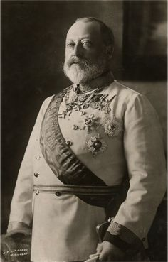 King Edward VII: A full beard although modified by tapering the beard to a point.