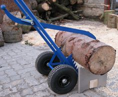 The wooden caddy - a product of MW-technics, 22880 Wedel, Germany Woodworking Hand Tools, Wood Tools, Metal Projects, Welding Projects, Timber Logs, Firewood Logs, Lumber Mill, Welding And Fabrication, Rough Wood