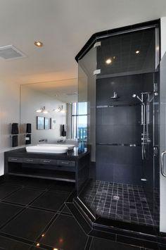 Modern Chic Bathroom. World of Architecture