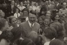 Adolf Hitler with children.
