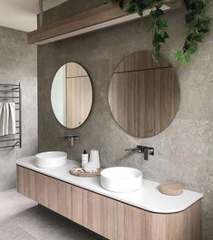 Adding curves to your cabinetry helps to give your bathroom a designer look, plus there are no sharp corners – it's a win win situation! 🙌 Lovely design courtesy of Oak Bathroom, Bathroom Toilets, Laundry In Bathroom, Bathroom Renos, Modern Bathroom, Bathroom Ideas, Natural Bathroom, Minimal Bathroom, Remodel Bathroom
