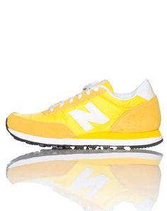 NEW BALANCE WOMENS 501 SNEAKER Yellow