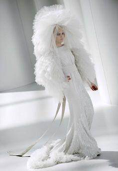 Chanel wedding dress 2008-09 - Designer wedding dresses 2008-09 - haute couture - sofeminine.co.uk
