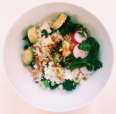 Nourishing Kale & Cauliflower Rice Bowl w/ a Turmeric Tahini dressing — balance with b