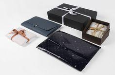 Gift packaging #gift #packaging #tissuepaper #box #ribbon #adhesivelabel Smart Packaging, Gift Packaging, Fashion Packaging, Wooden Hangers, Ribbon, Gift Wrapping, News, Box, Cover