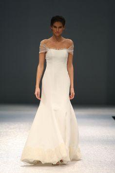 Olia Zavozina Runway Show, Fall 2014 - Wedding Dresses and Fashion Ideas