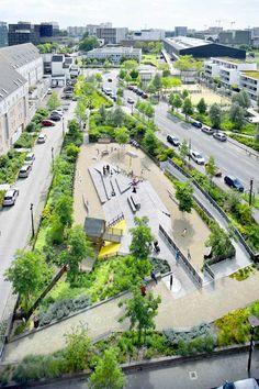 Square-de-la-Bollardiere-Playground-03 « Landscape Architecture Works | Landezine
