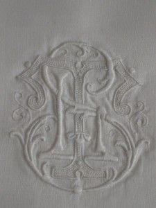 Vintage Irish Linen Pillowcases S, T, L Monogram PC008