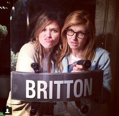 2 of my FAVORITE ladies, @Sophia Bush & Connie Britton! I was lucky to have met Connie Britton a few weeks ago (dream!), now if only I could meet @Sophia Bush!