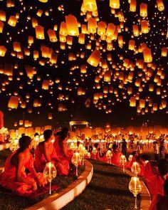 """254 curtidas, 1 comentários - Blog & Agência de Viagens 🌍 (@tgpviagensoficial) no Instagram: """"✖️✖️✖️Que tal se encantar com o Yi Peng ( Festival das Lanternas) que acontece na Cidade de Chiang…"""""""