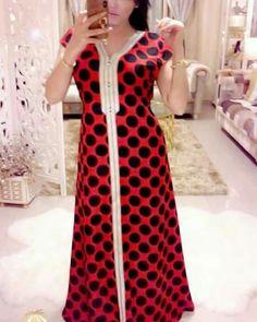 Designer Wear, Designer Dresses, Kaftan Abaya, Kaftan Style, Traditional Fashion, African Lace, House Dress, Simple Dresses, Frocks