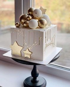Elegant Birthday Cakes, Beautiful Birthday Cakes, Beautiful Cakes, Beautiful Cake Designs, Baby Cakes, Baby Birthday Cakes, Cupcake Cakes, Beer Birthday Party, Pretty Cakes