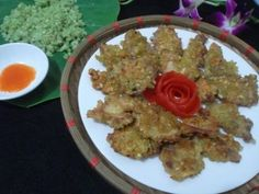 Bếp từ Dmestik thực hiện món thịt heo chiên cốm thơm ngon   Bếp từ chefs chính hãng Ngon miệng bữa cơm chiều với thịt heo chiên cốm được thực hiện cùng với bếp từ Dmestik. Sẽ là một món ăn…
