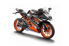 First Photos of the KTM RC125 & KTM RC200 2014 KTM RC390 black orange 01