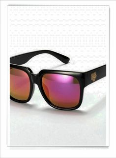 ray ban wayfarer for Free to friends and family Christmas gift.