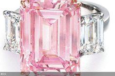 Jennifer Lopez; 6 1/2 karat pink diamond engagement ring given to her by Ben Affleck