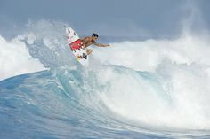 Tearing up the waves jordy smith. #surf #redbull