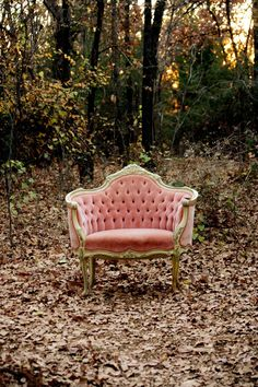 pink tufted settee