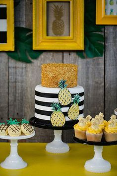 awesome We're huge fans of summer birthdays around here – the party themes are endless – and what better way to head into the weekend than with a pineapple themed celebration? When Jenny of Jenny Cookies hear Read More by SofieLostInLife Decors Pate A Sucre, Jenny Cookies, Pineapple Cake, Pineapple Pics, Pineapple Upside, Party Decoration, Flamingo Party, Tropical Party, Luau Party