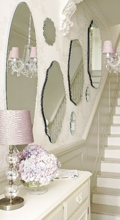 Shabby Chic Home Decor Shabby Chic Bedrooms, Shabby Chic Homes, Shabby Chic Style, Shabby Chic Decor, Shabby Chic Mirror, Shabby Chic Hallway, Ashley Home, Creation Deco, Hallway Decorating
