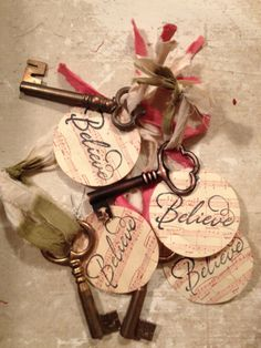 Santa's Keys/Skeleton Keys/XMAS Ornaments/Primitive Christmas Decor. $4.50, via Etsy.