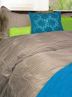 Origami embodies the modern romance of our era. the perfect union of refinement and sensibility! The strong yet calming impact of its gentle pleats is certain to set you all aflame! Consists of cotton, 220 thread count, pleated Origami, Modern Romance, Calming, Count, Bedrooms, Cushions, Strong, Texture, House Styles