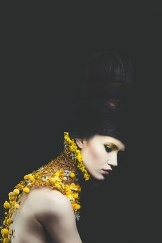 """""""Queen of the dollhouse"""" - craspedia, ornithogalum, mokara, begonia and solidago on aluminium wire frame. Concept and neck piece by NO NO NO, photo by Vlad Birdu, make-up by Mihaela Cherciu, hair by Claudiu Alex Sarghe, model Andra Dumitrache - MRA Models."""