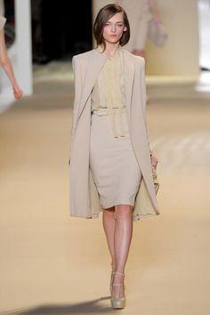 Sfilata Elie Saab Paris - Collezioni Autunno Inverno 2011/2012 - Vogue