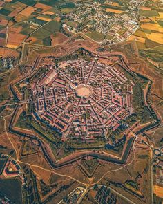 Fantasy City Map, Star Fort, Beau Site, Amazing Buildings, City Aesthetic, Beautiful Architecture, Beautiful Places To Visit, Ancient Civilizations, World Heritage Sites