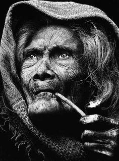 Getekende gezichten zijn een mooi onderwerp voor zwart-wit