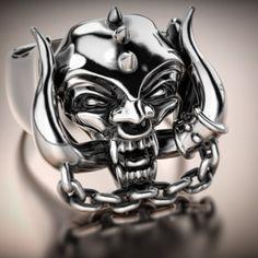 #ring #gyűrű #egyediékszer #showmeyourrings #masterpiece #highjewellery #ezüst #motörhead #lemmy #hengörfej  www.ekszercenter.hu