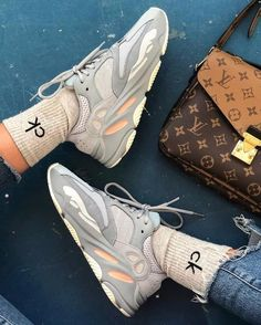 The best kicks Adidas Yeezy Boost 700 Inertia For fitness sneakers fashion shoes sport men woman style adidas yeezy yeezyboost Inertia 721913015253829880 Sneaker Outfits, Converse Sneaker, Puma Sneaker, Adidas Yeezy Mujer, Adidas Running Shoes, Adidas Sneakers, Shoes Sport, Balenciaga, Sneakers Addict