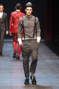 http://www.fashionising.com/runway/b--Dolce-Gabbana-trim-reds-relaxed-greys-5738.html