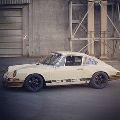 Porsche 911 Porsche 912, Porsche Cars, Porsche Classic, Classic Cars, My Dream Car, Dream Cars, Car Sit, Shelby Gt, Vintage Porsche