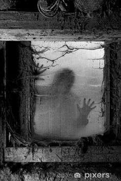 Horror House Decor Zombie Outside from Spiderweb Dirty Glass Striking Nightmare Killer Terror Gray Dining Room Kitchen Rectangular Table Cover Home Decor Scary Halloween Backgrounds, Scary Backgrounds, Scary Halloween Decorations, Halloween Haunted Houses, Halloween Porch, Halloween Art, Scream Halloween, Halloween Festival, Halloween Halloween