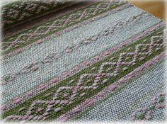 Weaving Art, Loom Weaving, Hand Weaving, Striped Rug, Beautiful Color Combinations, Woven Rug, Scandinavian Style, Fiber Art, Pattern Design
