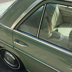 Classic car | vintage color @novembreatelier_com
